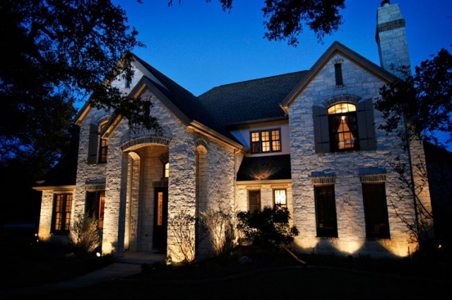 front-accent-home-lighting
